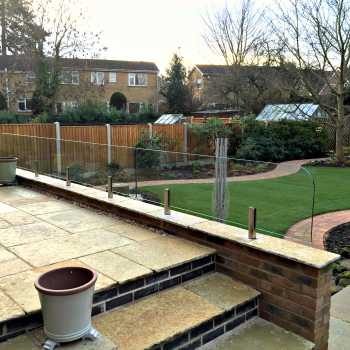 Lee brothers Danny & Pat installed this glass wind break in Borrowash. The results are a gorgeous finish to the patio area and a very happy customer :)