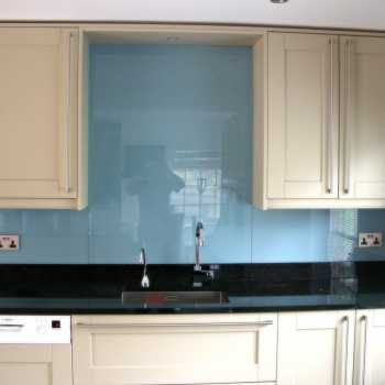 Our customer in Harby, Leicestershire chose their colour from the Dulux range, this particular one being Jewelled Creek 3 – 30BG 37/110
